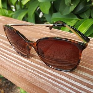 Betsey Johnson Tortoise Brown Sunglasses